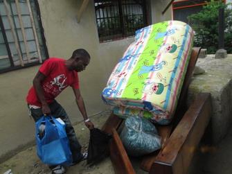 Daniel Coleman moving mattress