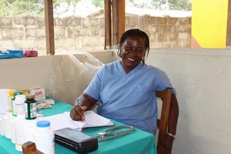 Dr. Christina Hena