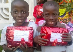 Alvin + Calvin get their presents 3_n