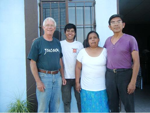 Carl Thompson, Armando, Cristina + Javier