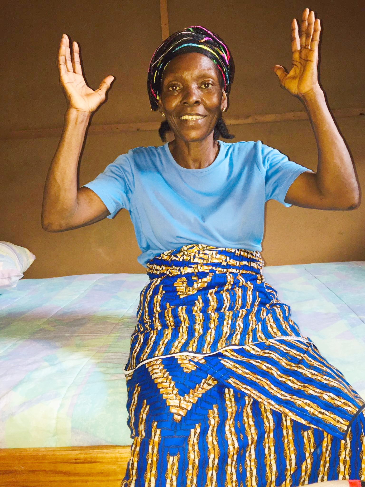 Ma Mary is thanking God for her new bed!!